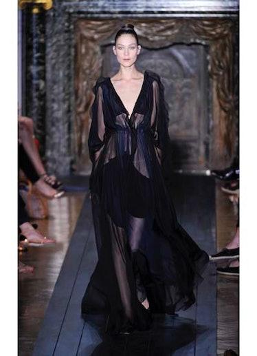 fass-valentino-couture-2012-runway-42-v.jpg