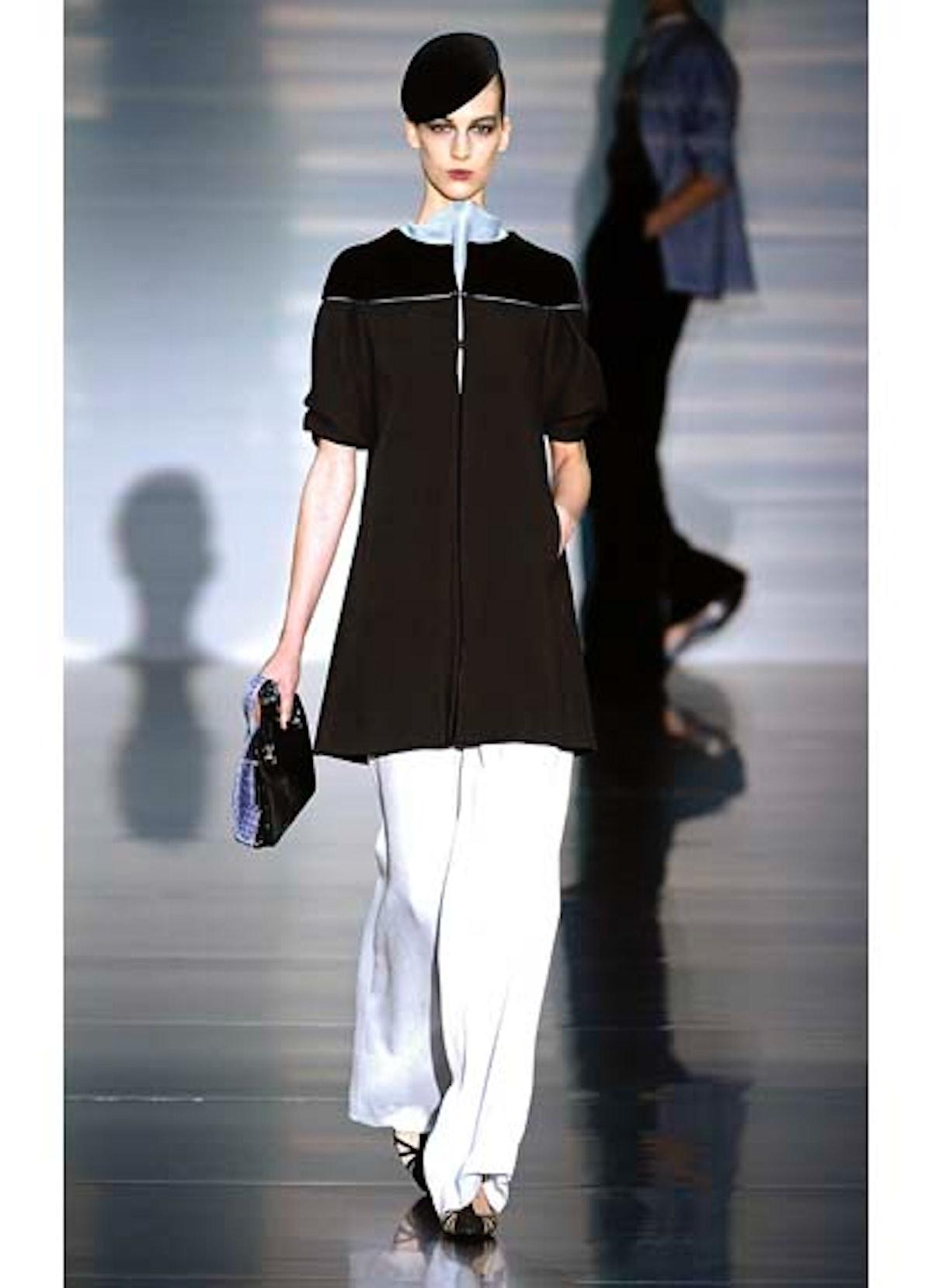 fass-giorgio-armani-couture-2012-runway-01-v.jpg
