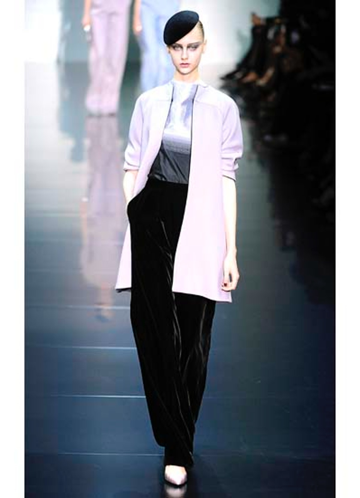 fass-giorgio-armani-couture-2012-runway-03-v.jpg