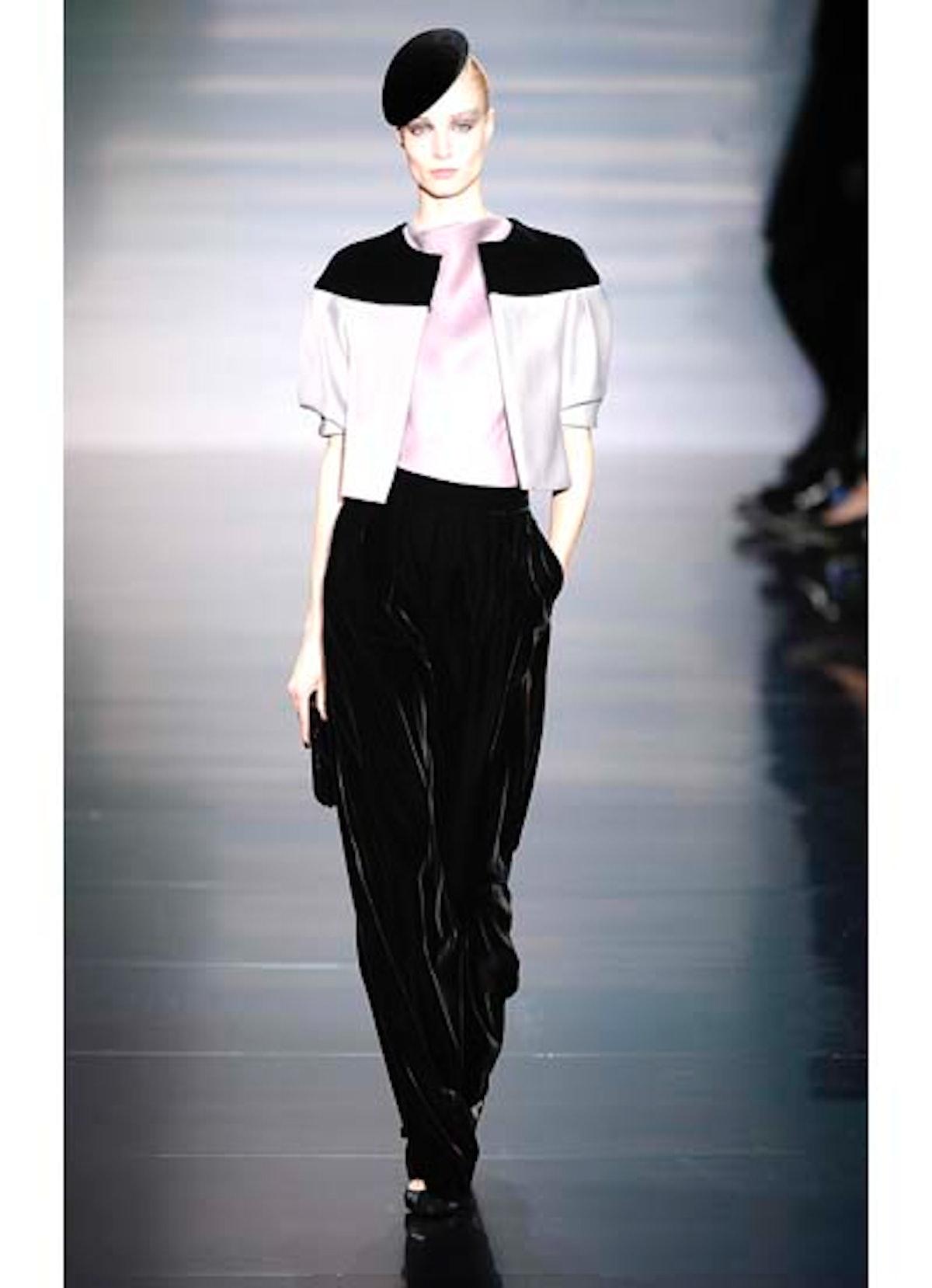 fass-giorgio-armani-couture-2012-runway-07-v.jpg