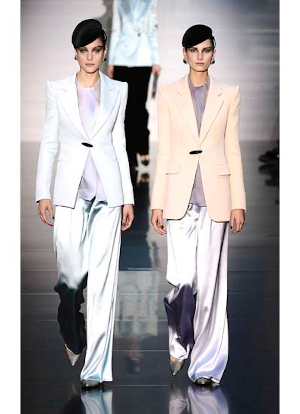 fass-giorgio-armani-couture-2012-runway-11-v.jpg