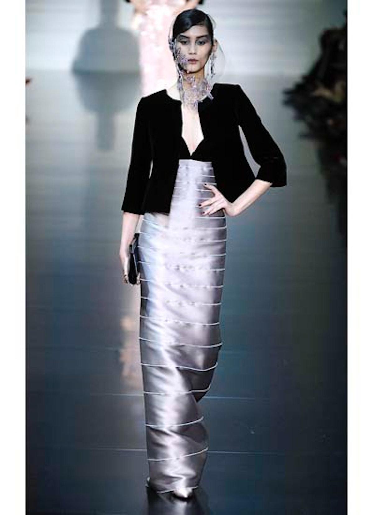 fass-giorgio-armani-couture-2012-runway-21-v.jpg
