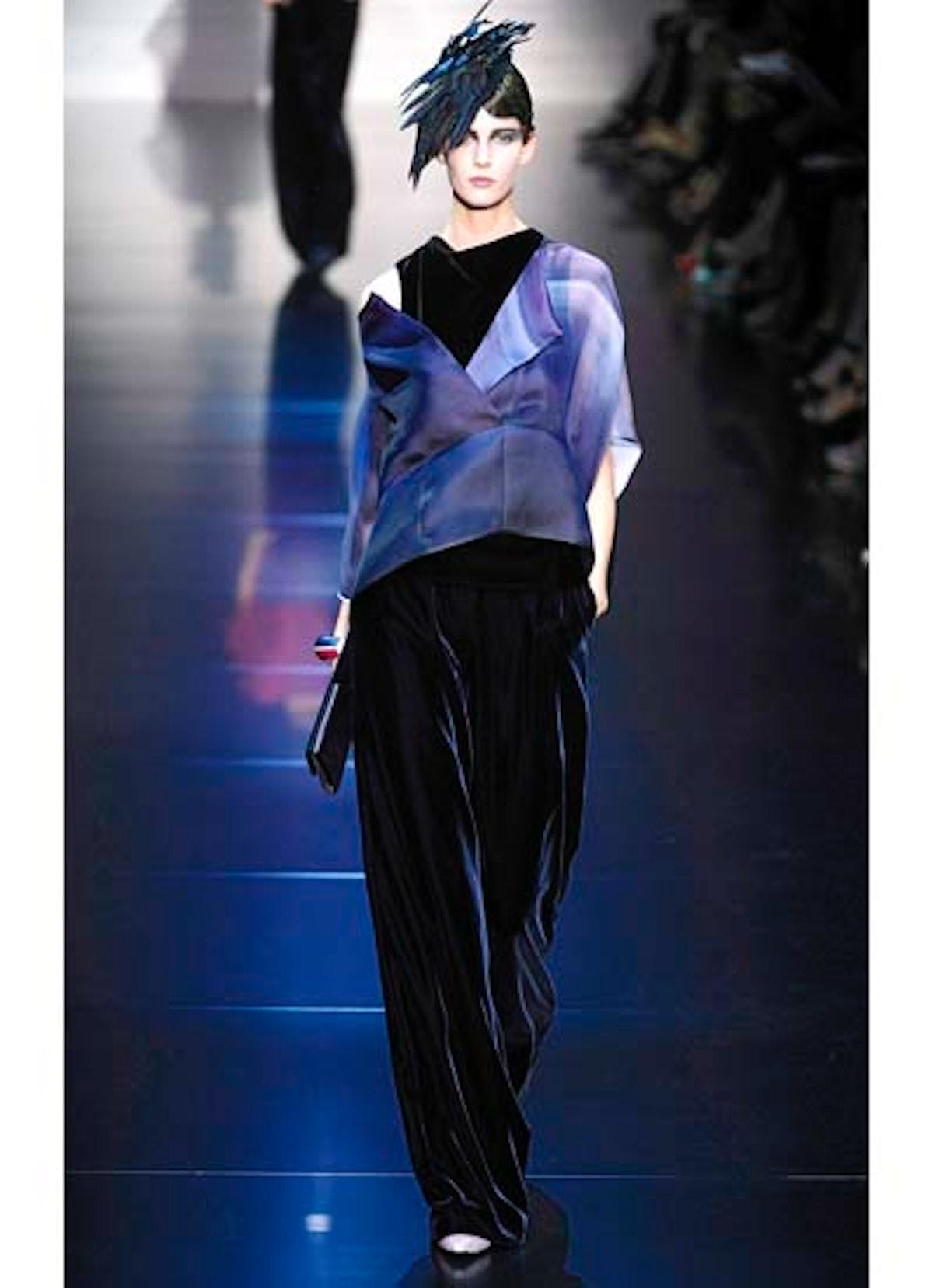fass-giorgio-armani-couture-2012-runway-27-v.jpg