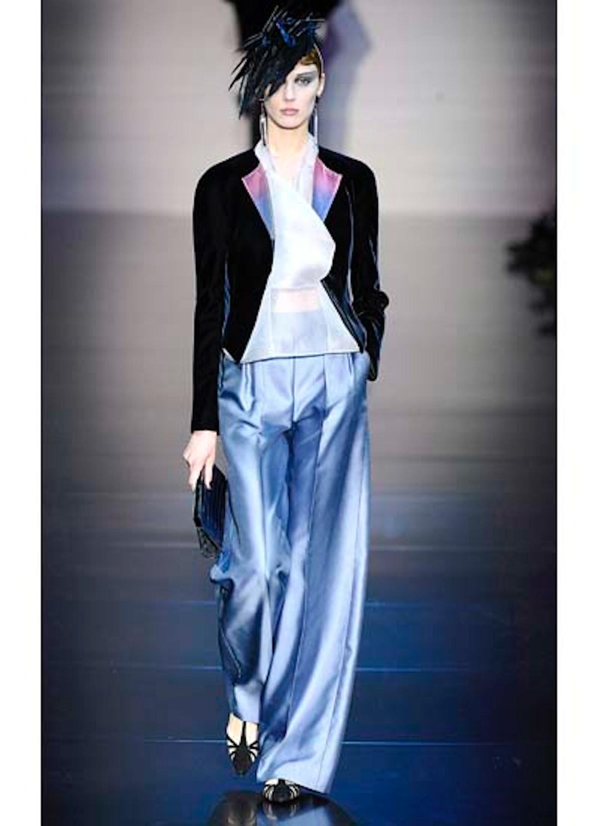 fass-giorgio-armani-couture-2012-runway-31-v.jpg