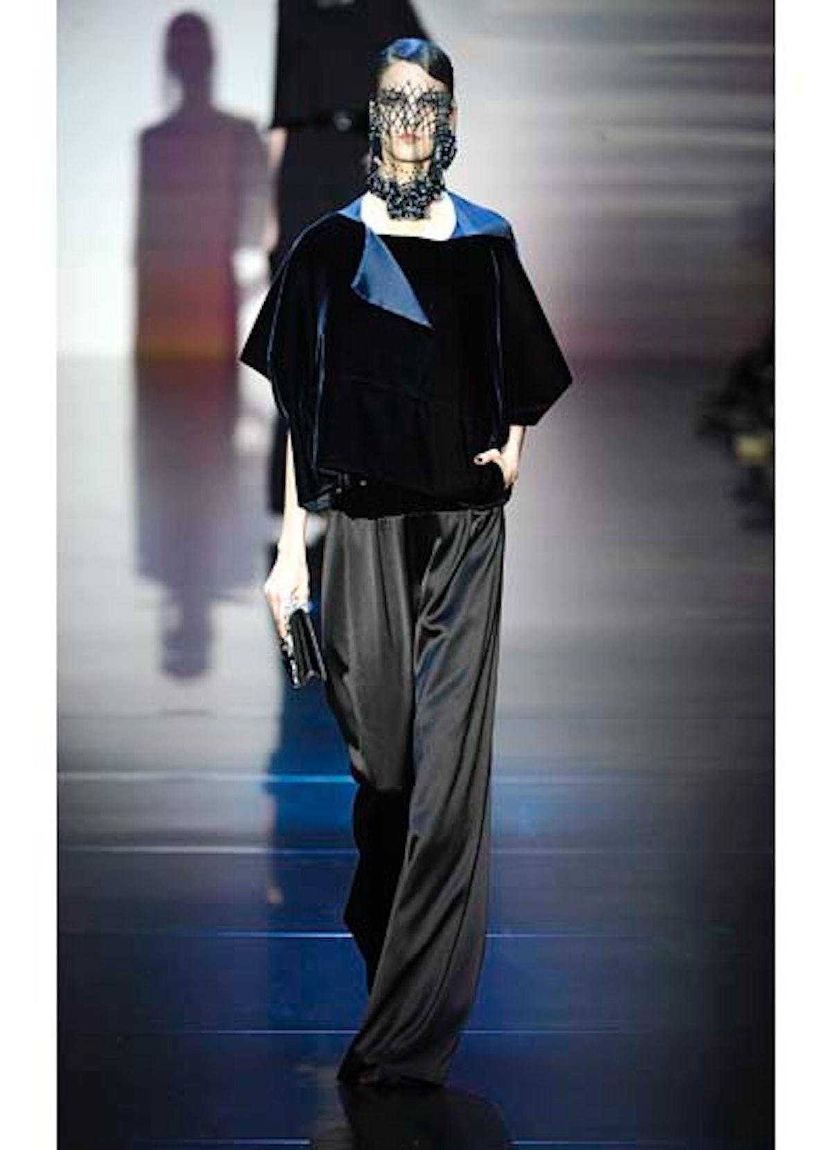 fass-giorgio-armani-couture-2012-runway-32-v.jpg