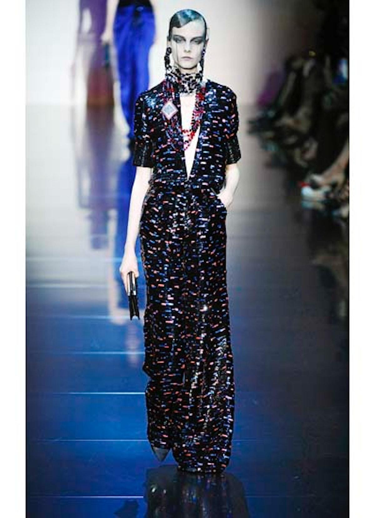 fass-giorgio-armani-couture-2012-runway-35-v.jpg