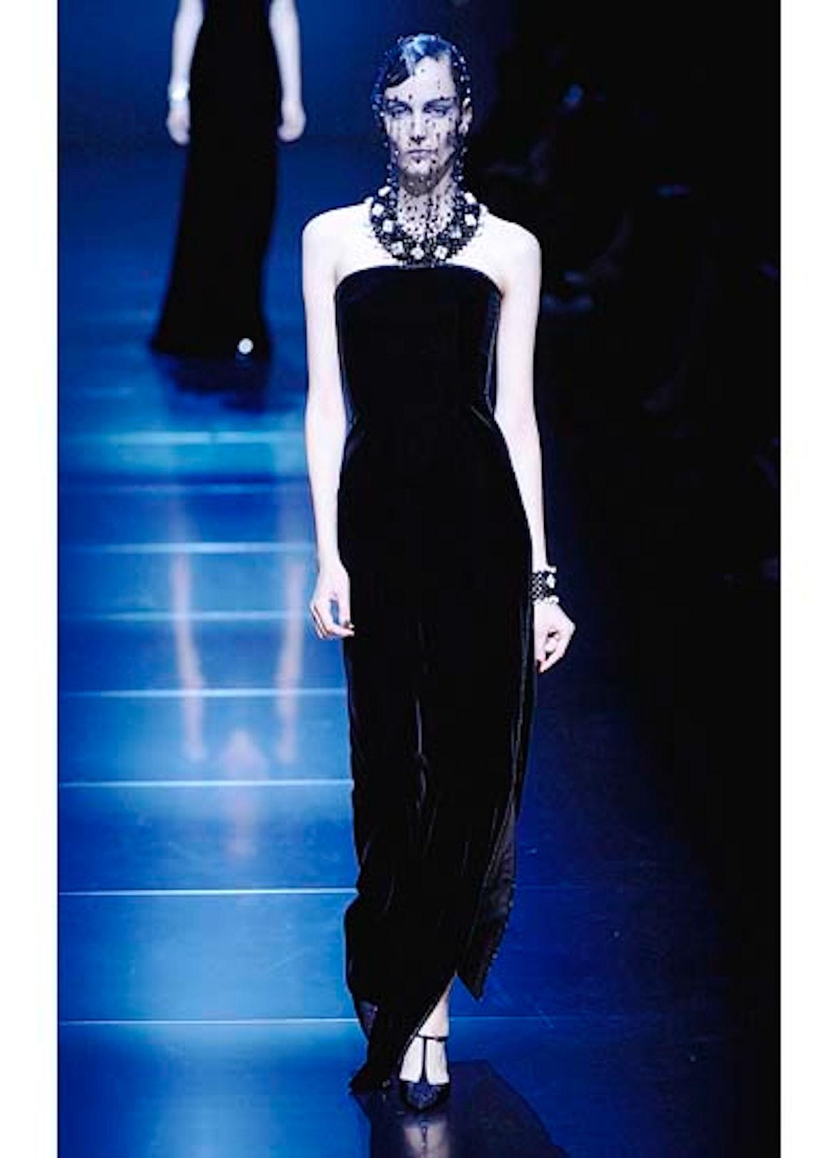 fass-giorgio-armani-couture-2012-runway-46-v.jpg