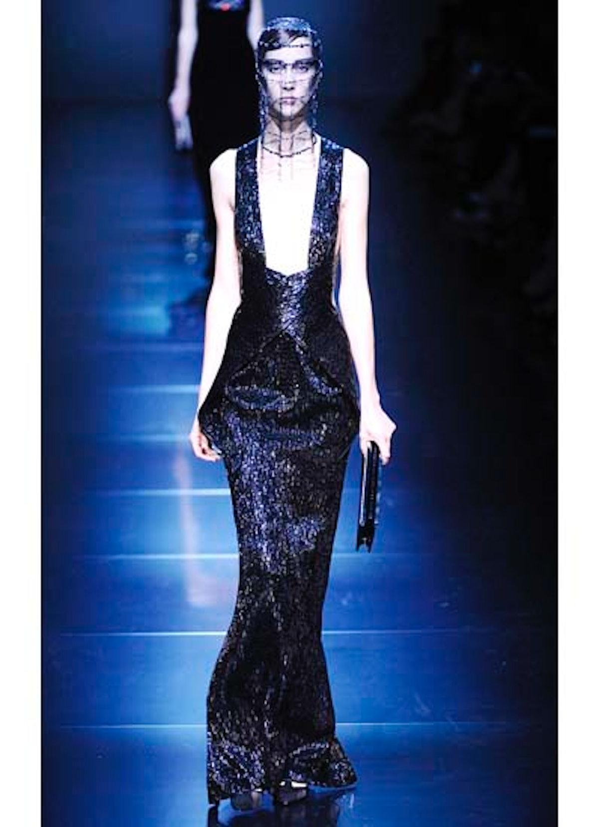 fass-giorgio-armani-couture-2012-runway-48-v.jpg