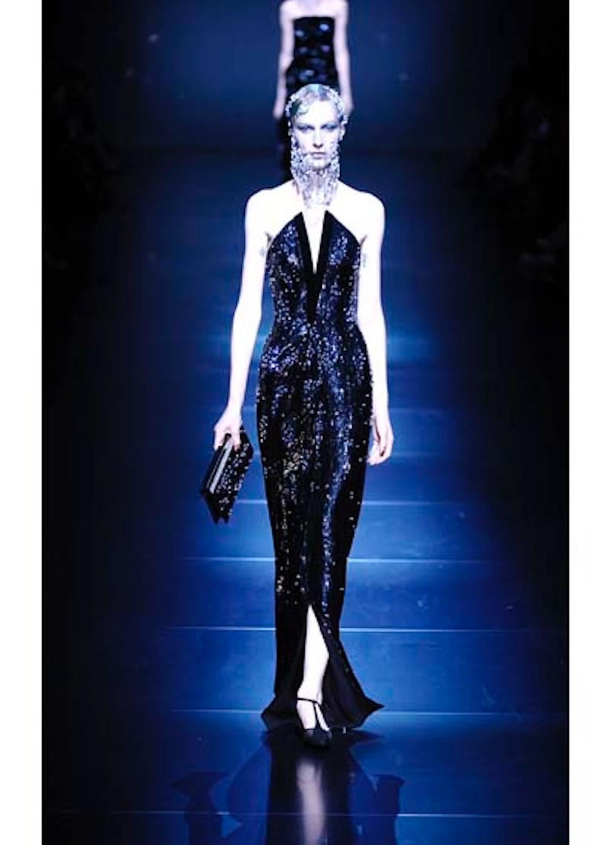 fass-giorgio-armani-couture-2012-runway-50-v.jpg