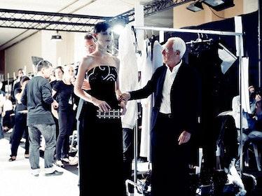 fass-giorgio-armani-couture-2012-backstage-04-h.jpg