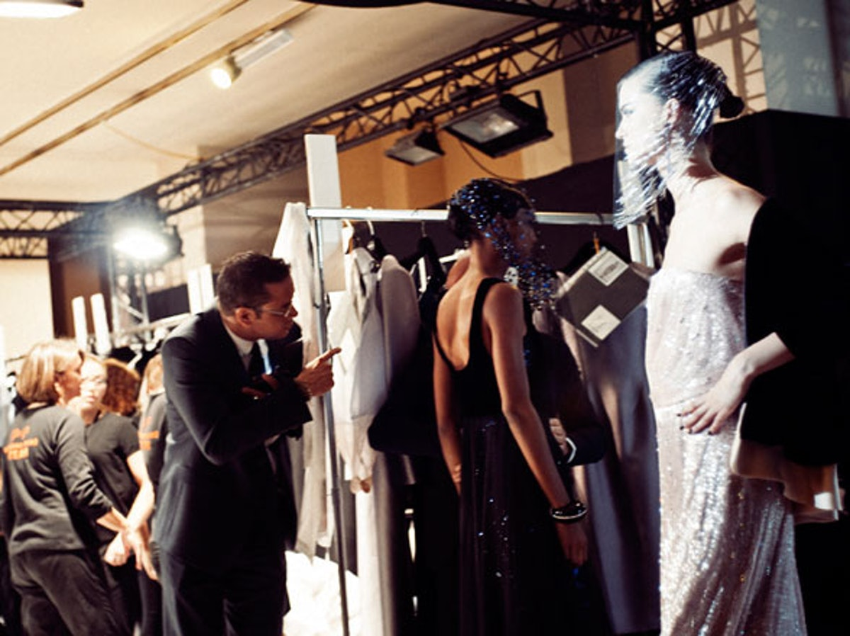 fass-giorgio-armani-couture-2012-backstage-10-h.jpg