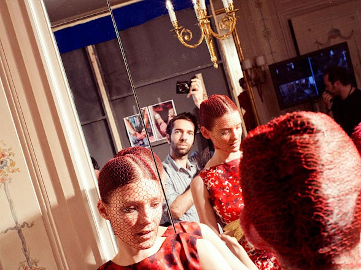 fass-giambattista-valli-couture-2012-backstage-03-h.jpg