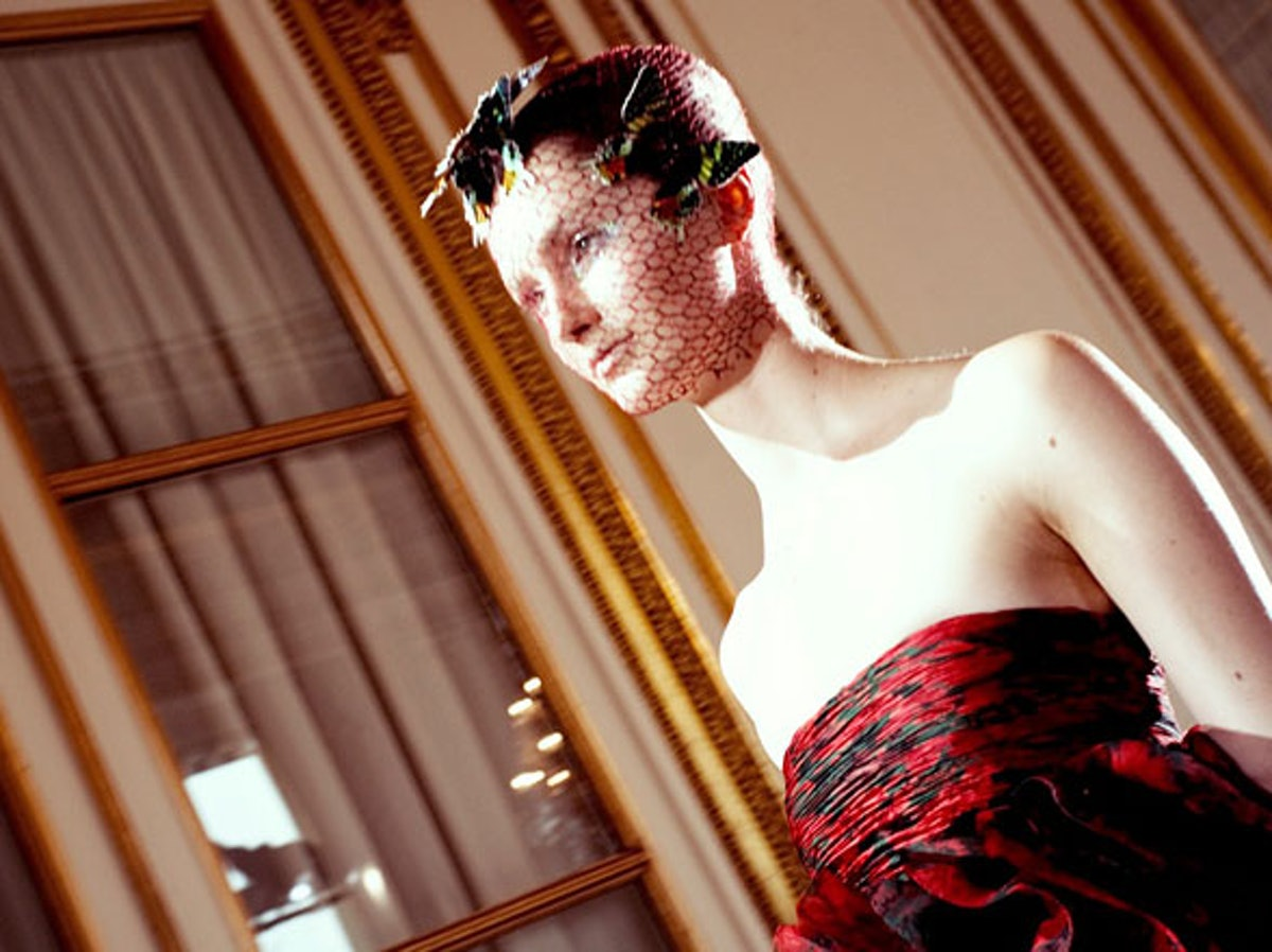 fass-giambattista-valli-couture-2012-backstage-07-h.jpg