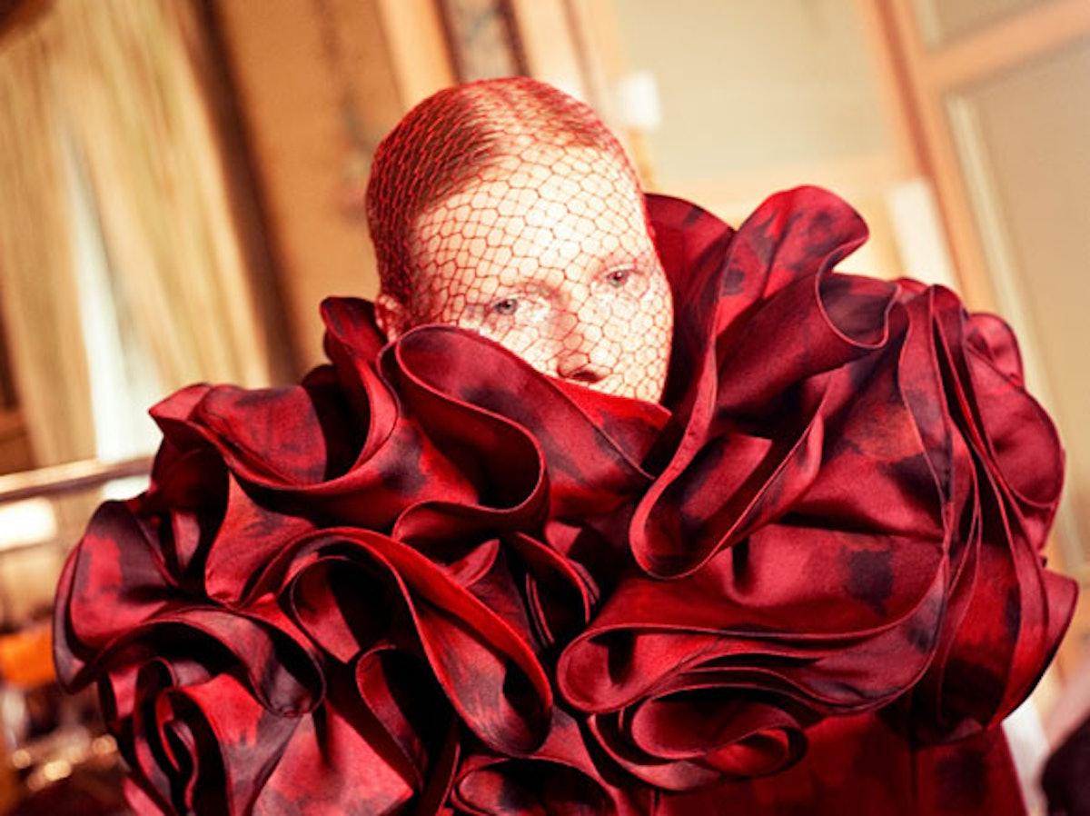 fass-giambattista-valli-couture-2012-backstage-01-h.jpg