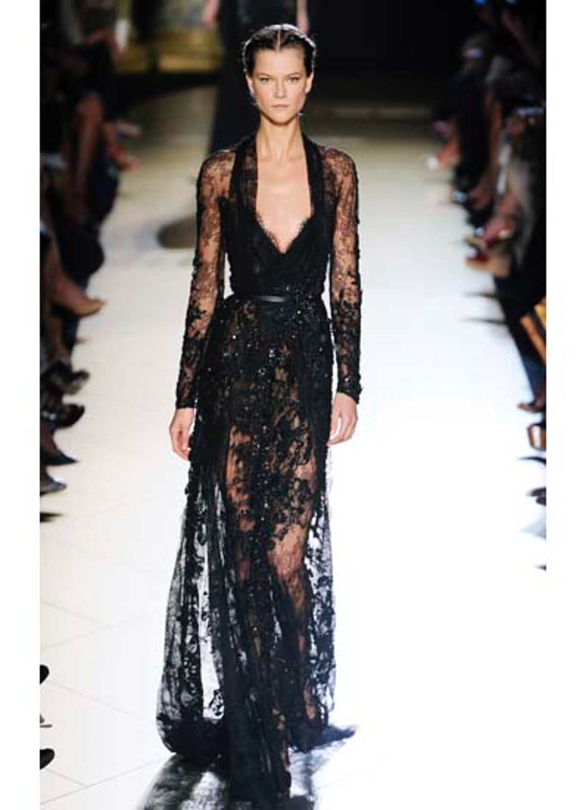 fass-elie-saab-couture-2012-runway-03-v.jpg