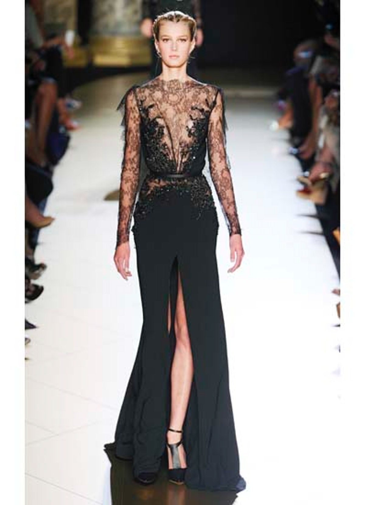 fass-elie-saab-couture-2012-runway-02-v.jpg