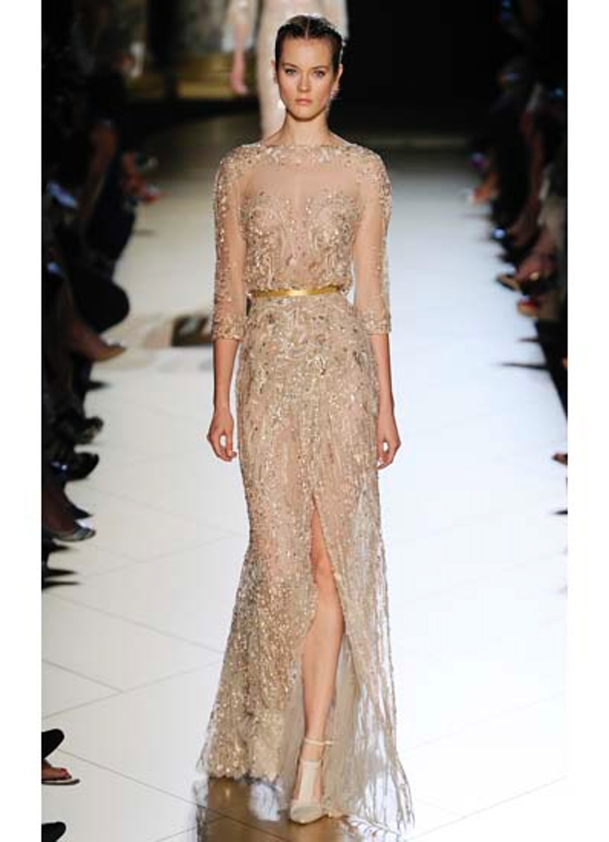 fass-elie-saab-couture-2012-runway-08-v.jpg