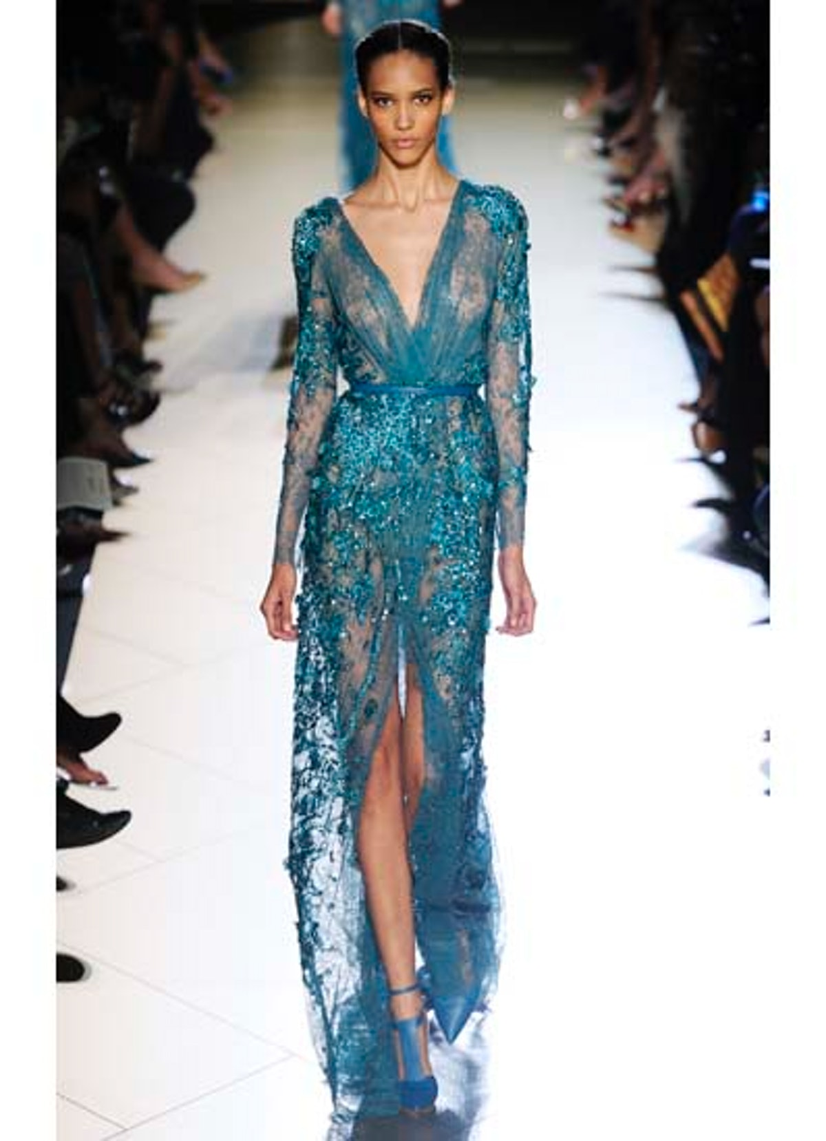 fass-elie-saab-couture-2012-runway-24-v.jpg