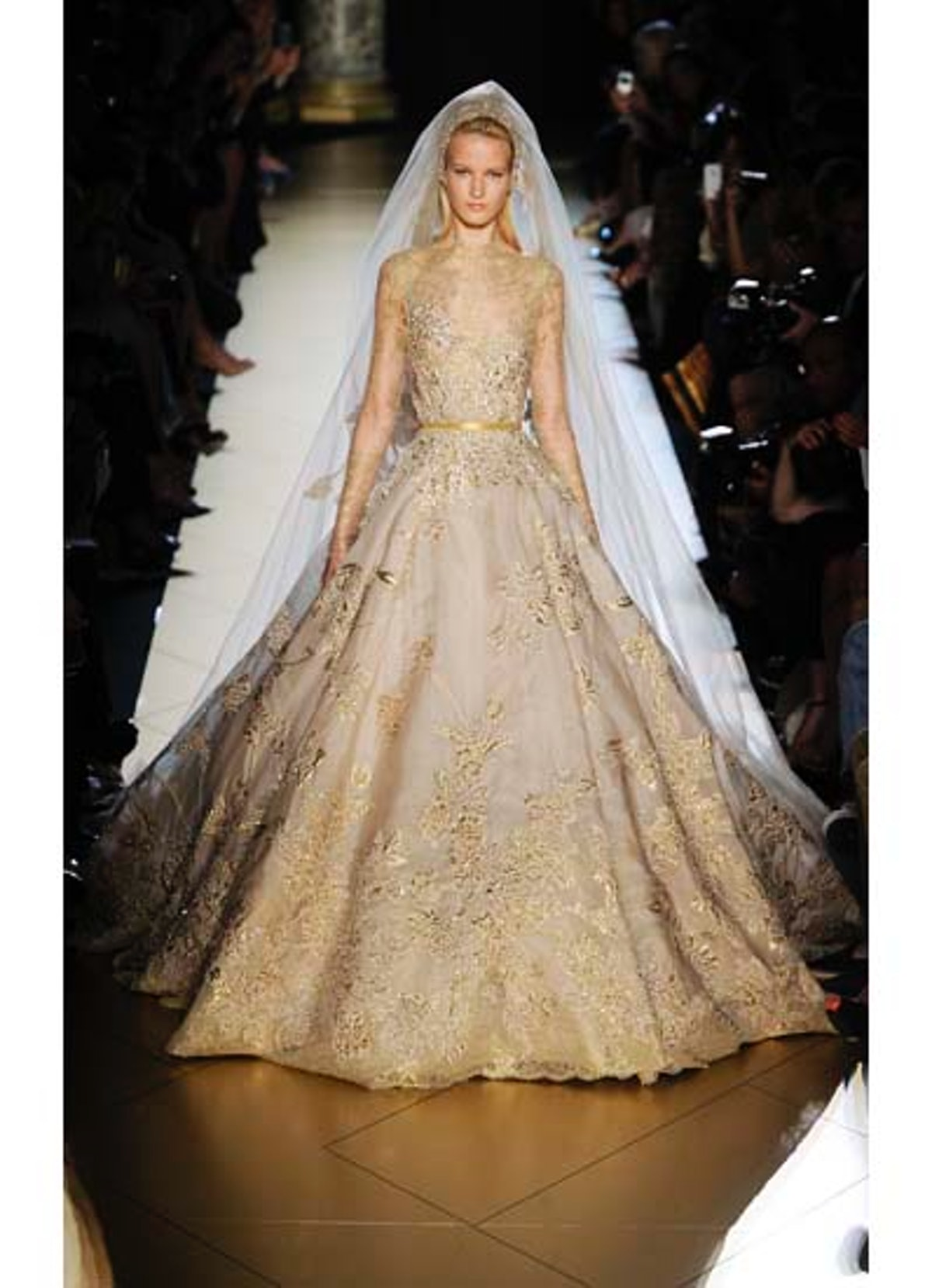 fass-elie-saab-couture-2012-runway-46-v.jpg