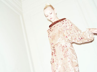 fass-valentino-couture-fall-2012-backstage-runway-13-h.jpg