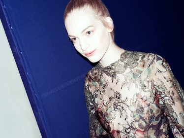 fass-valentino-couture-fall-2012-backstage-runway-12-h.jpg