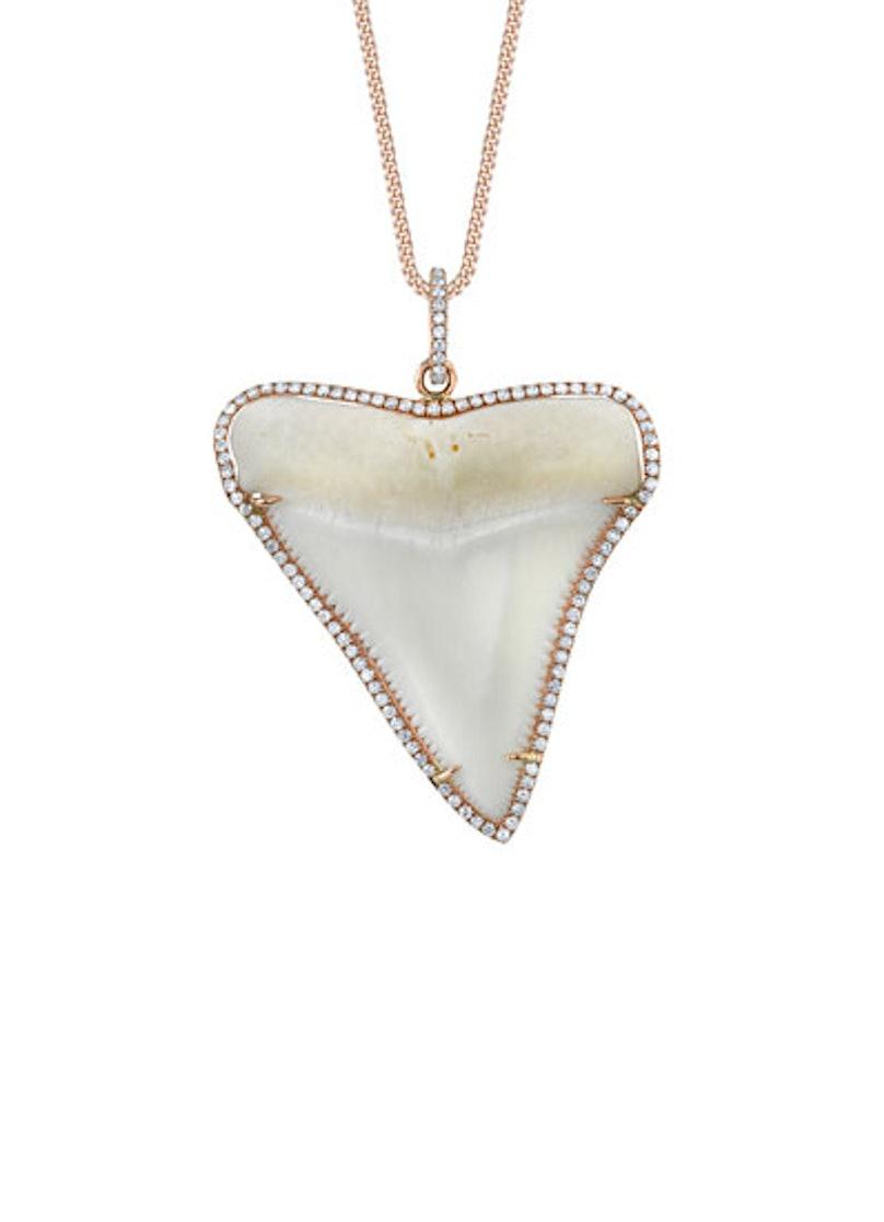 acss-shark-jewelry-01-v.jpg