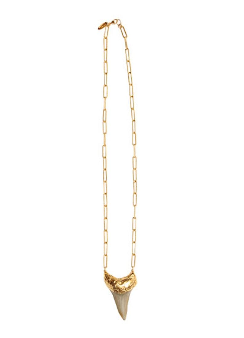 acss-shark-jewelry-03-v.jpg