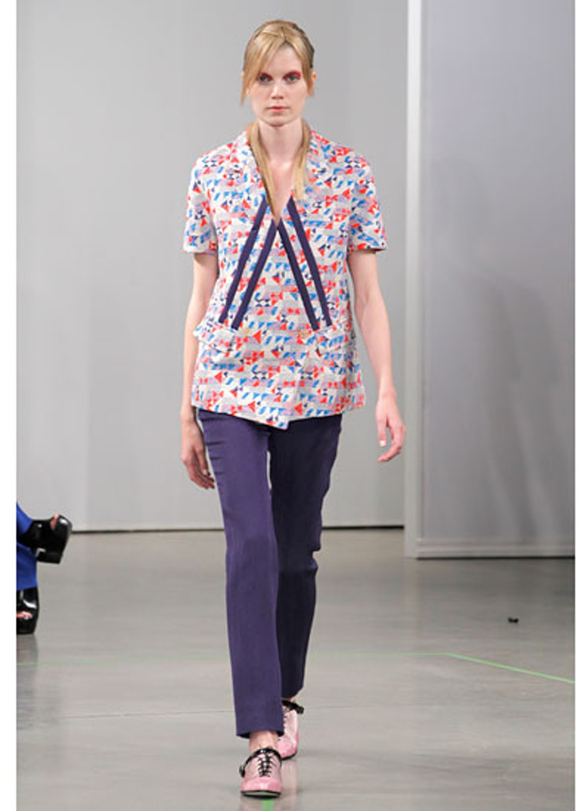 fass-creatures-of-the-wind-spring-2013-runway-03-v.jpg