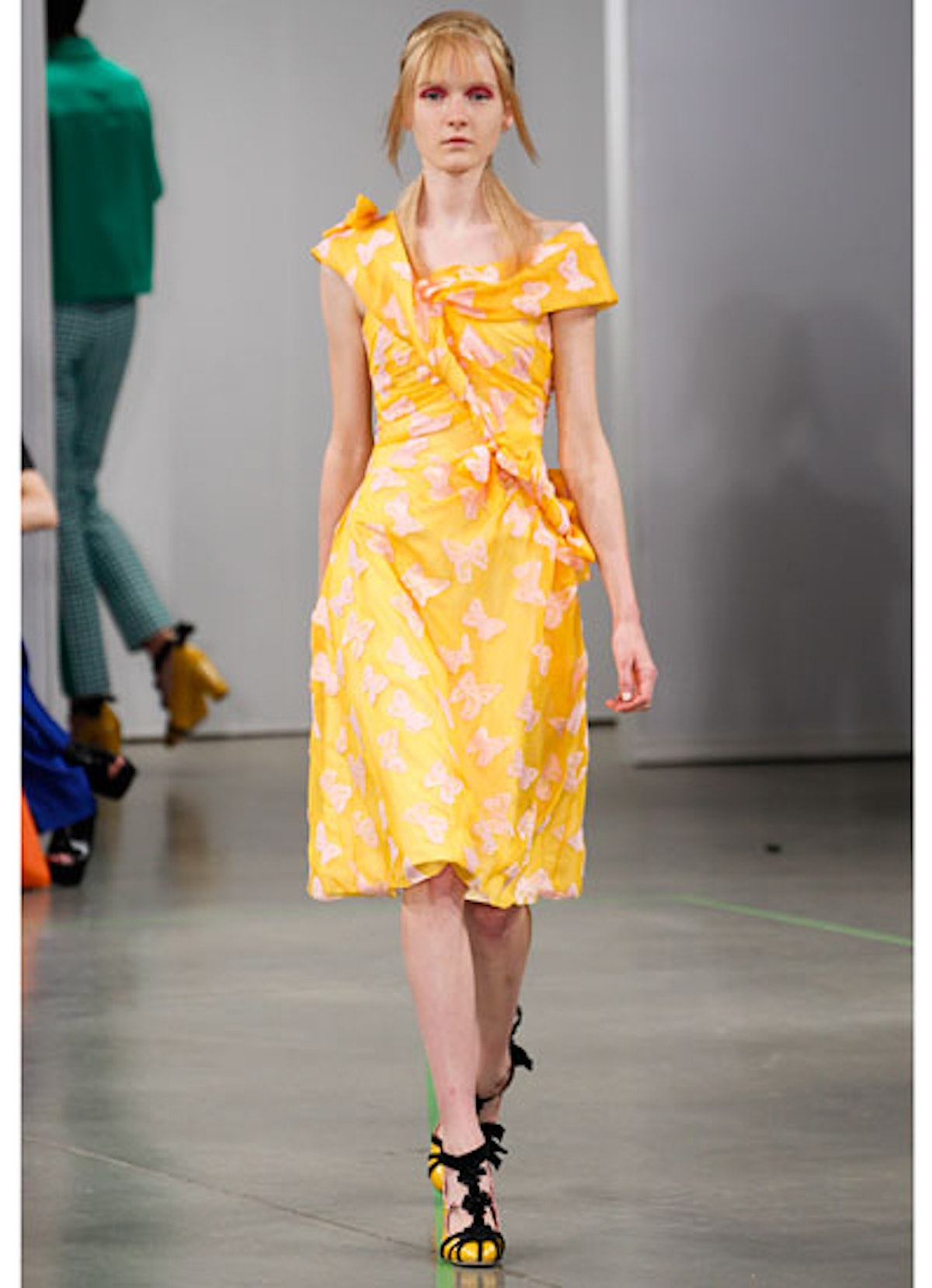 fass-creatures-of-the-wind-spring-2013-runway-24-v.jpg