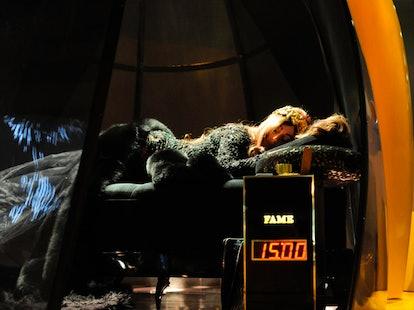 pass-lady-gaga-fame-fragrance-12-h.jpg
