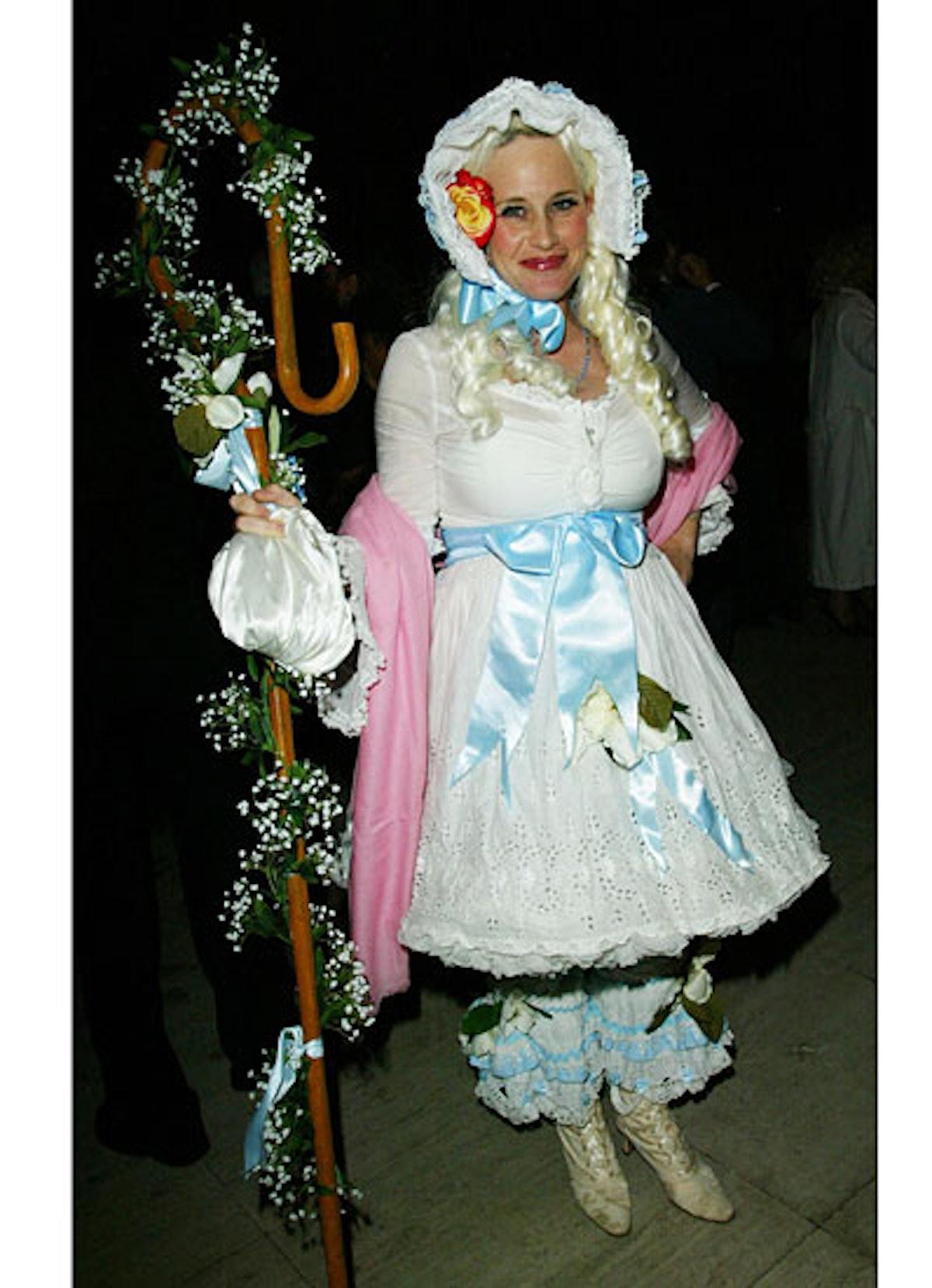 pass-wild-halloween-costumes-16-v.jpg