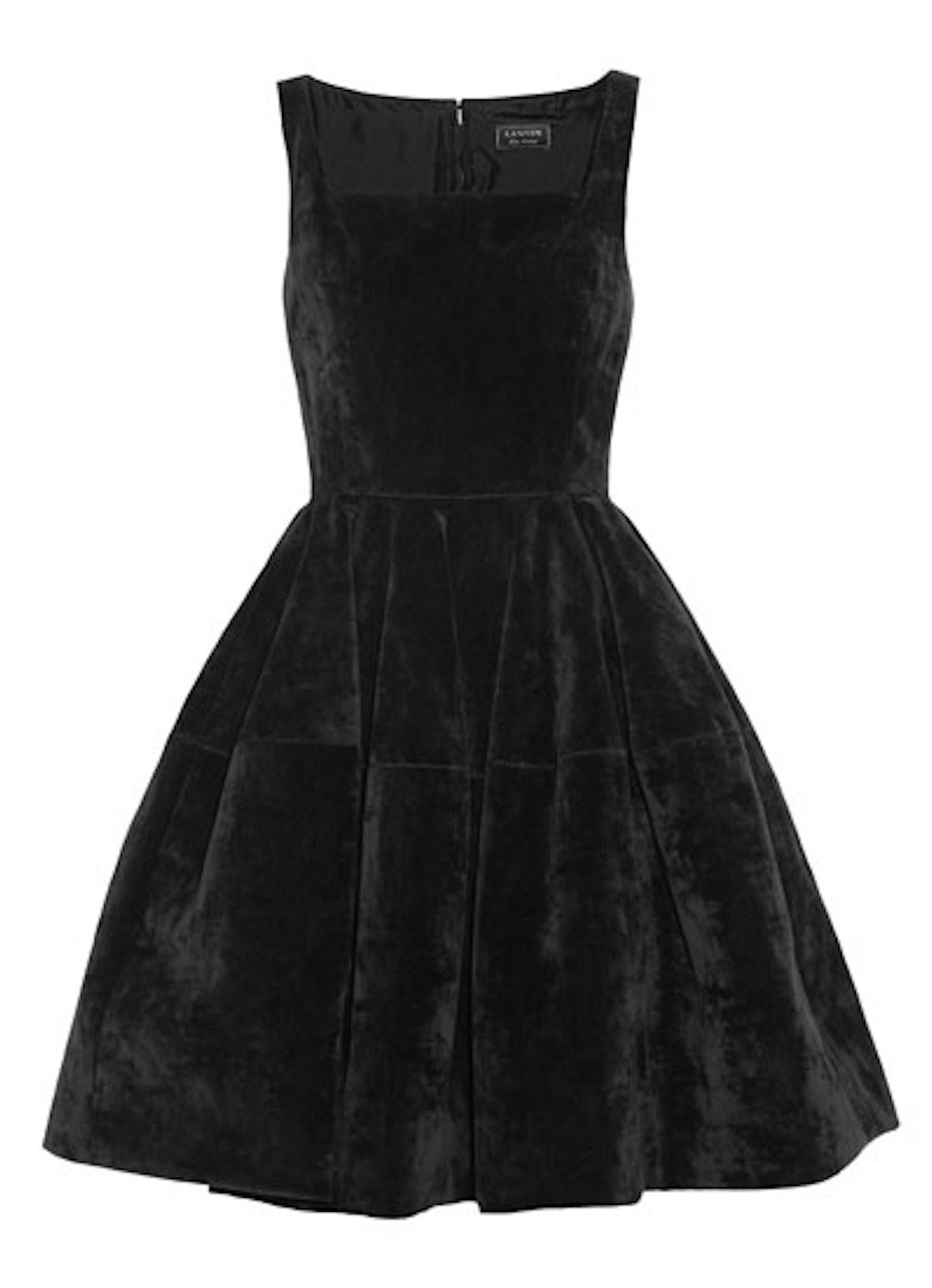 fass-little-black-dresses-02-v.jpg