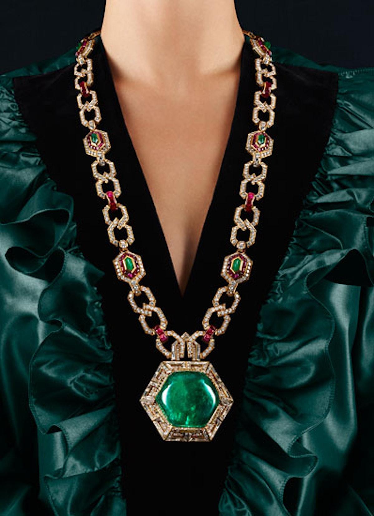 acss-decades-costume-jewelry-01-v.jpg