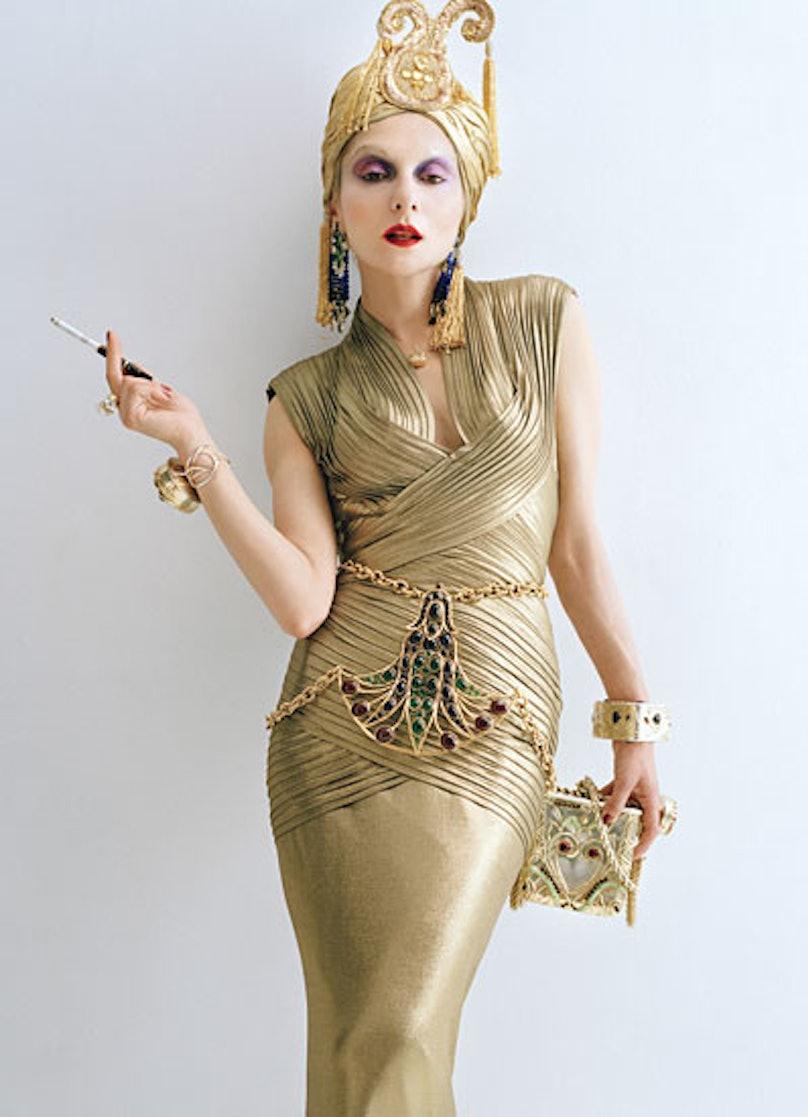fass-fashion-eccentrics-08-v.jpg