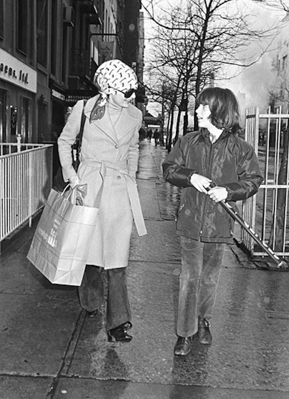 fass-w-timeline-70s-03-v.jpg