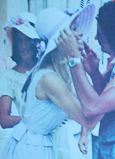 fass-w-timeline-70s-04-v.jpg