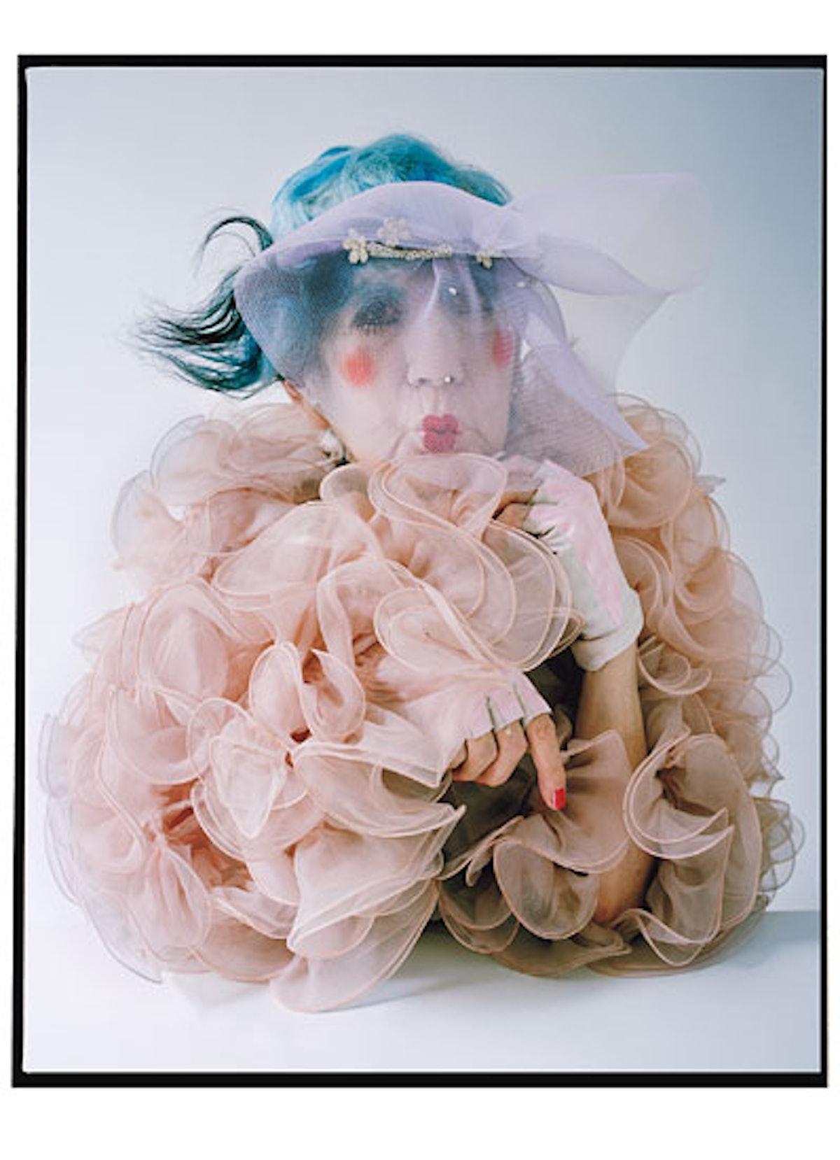 fass-anna-piaggi-fashion-icon-01-v.jpg