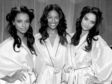 fass-victorias-secret-fashion-show-06-h.jpg