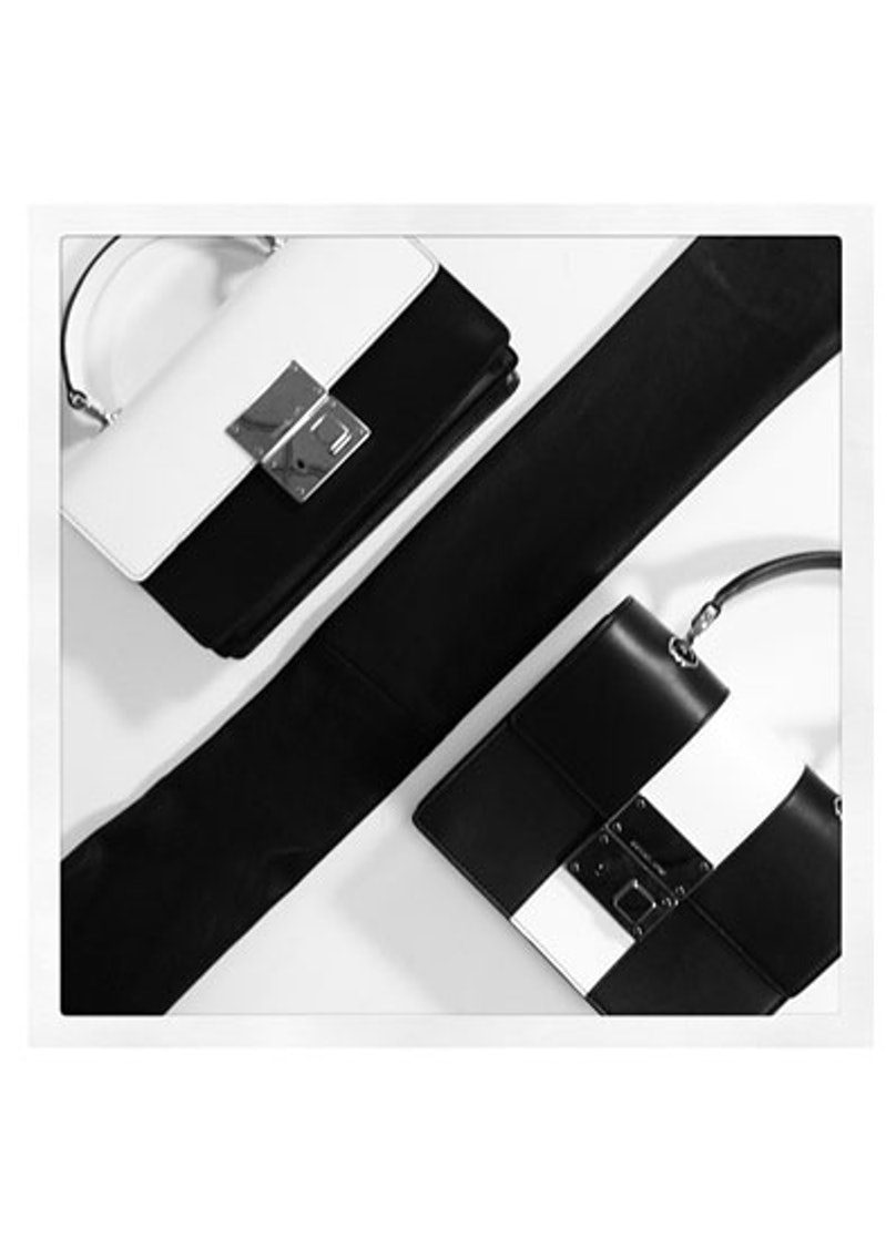 acss-black-and-white-accessories-03-v.jpg