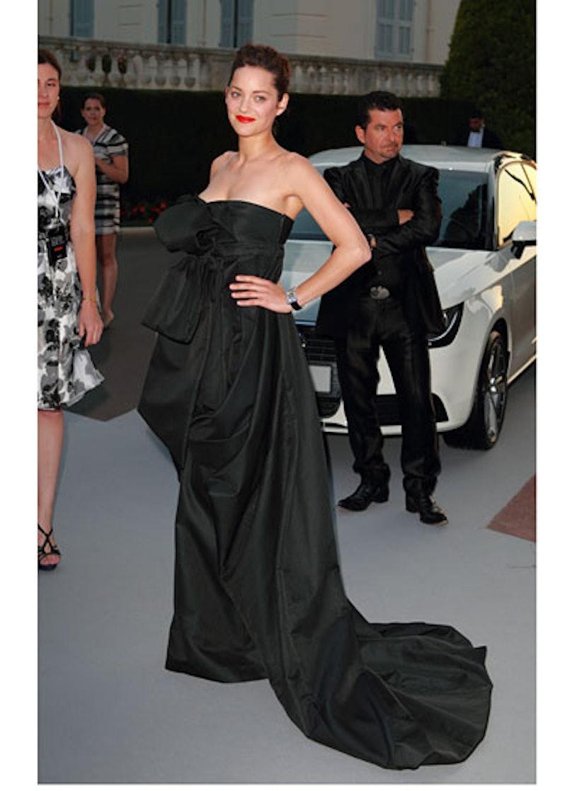 cess-marion-cotillard-best-red-carpet-looks-02-v.jpg