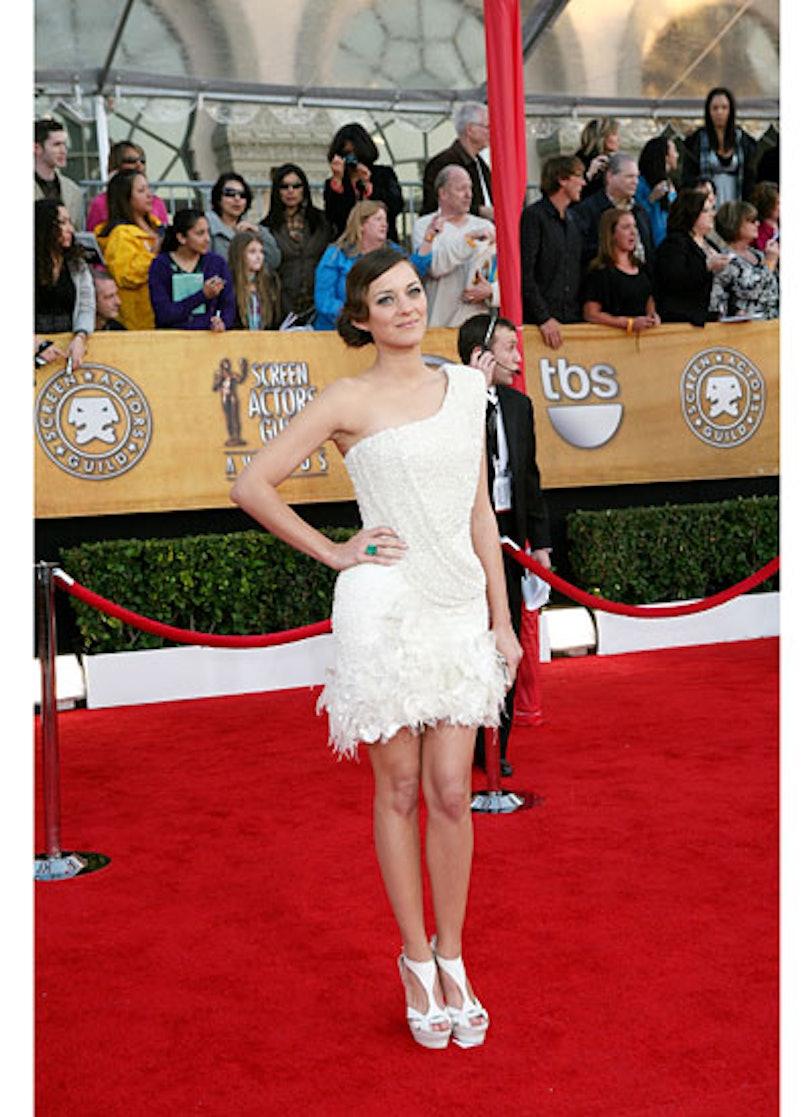 cess-marion-cotillard-best-red-carpet-looks-12-v.jpg
