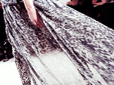 fass-giambattista-valli-spring-2013-couture-backstage-07-h.jpg