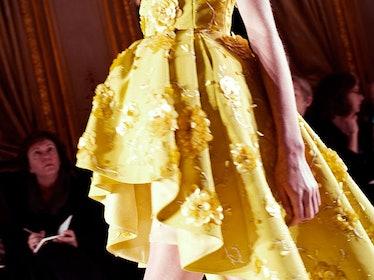fass-giambattista-valli-spring-2013-couture-backstage-09-h.jpg