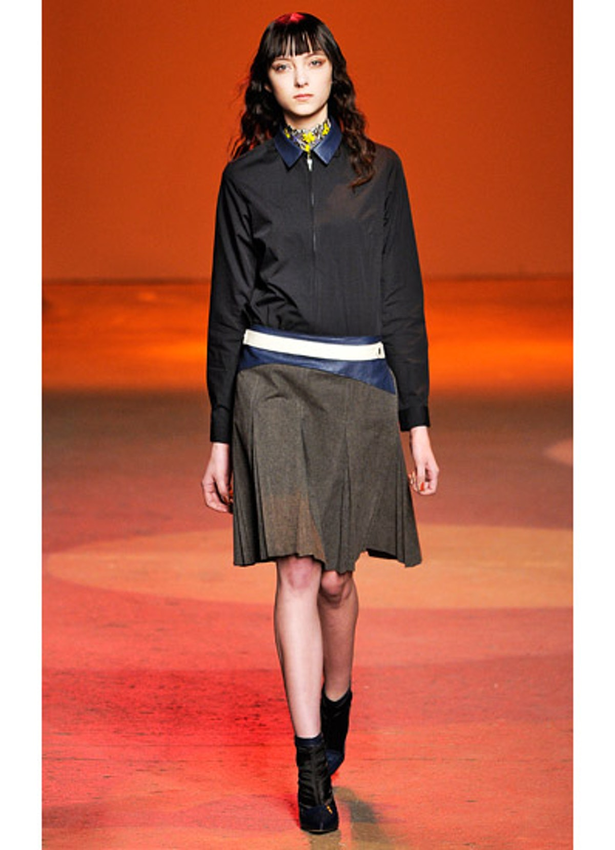 fass-creatures-of-the-wind-fall-2013-runway-05-v.jpg