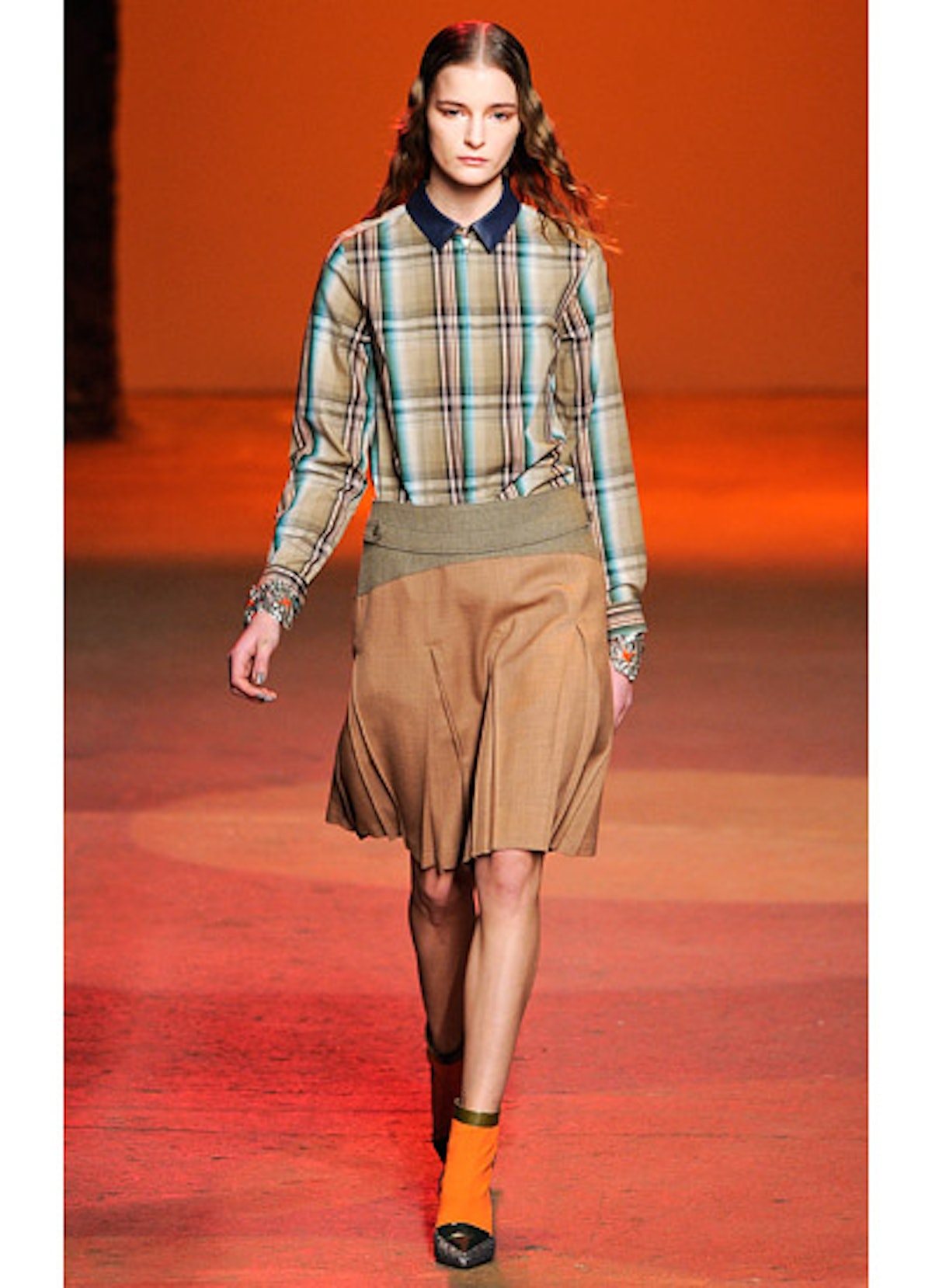fass-creatures-of-the-wind-fall-2013-runway-27-v.jpg