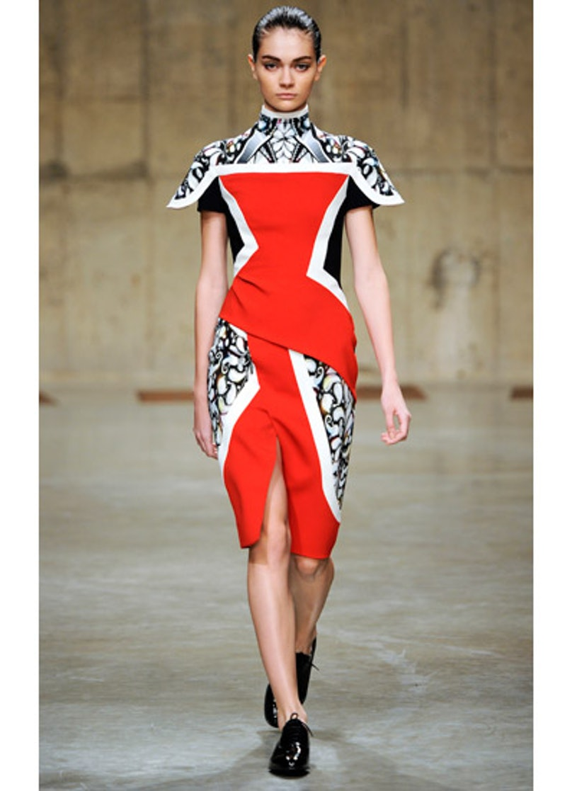 fass-peter-pilotto-fall-2013-runway-02-v.jpg