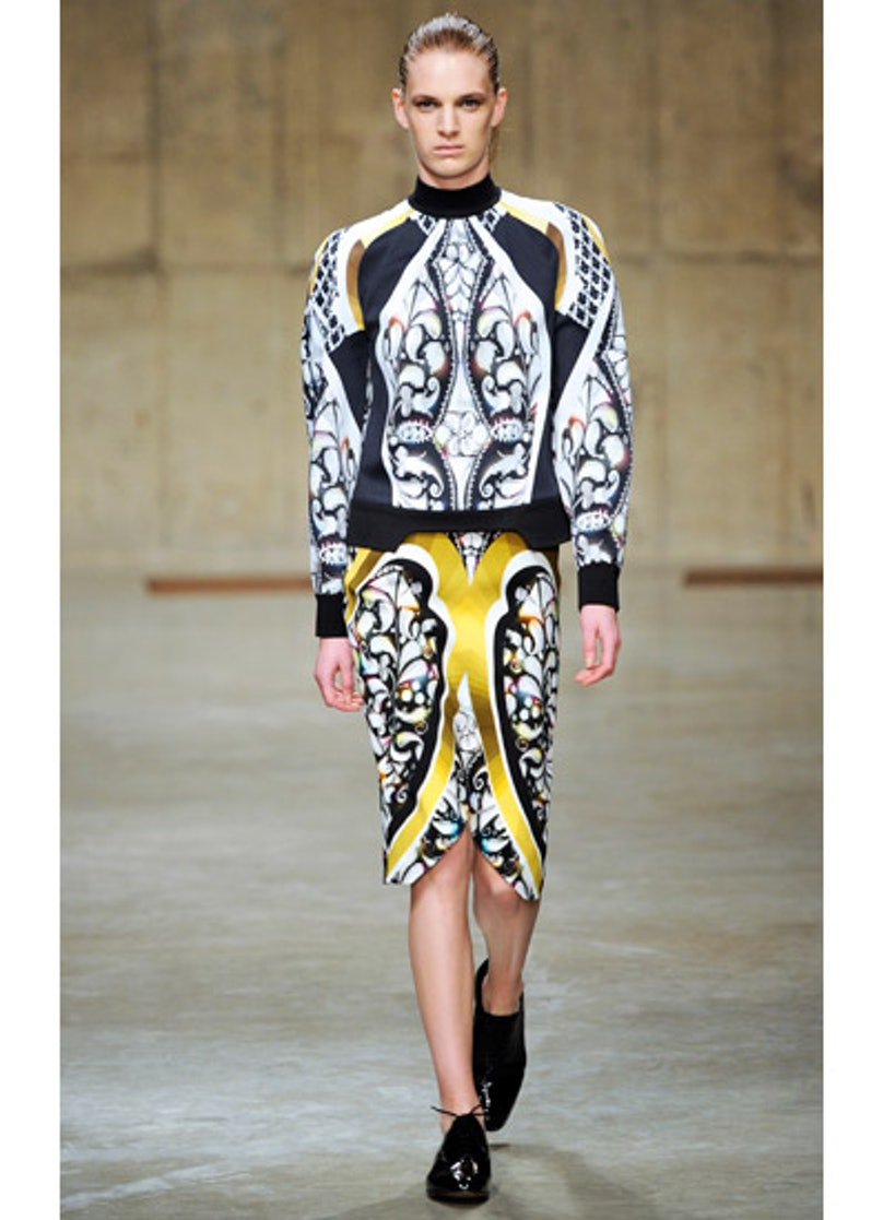 fass-peter-pilotto-fall-2013-runway-21-v.jpg