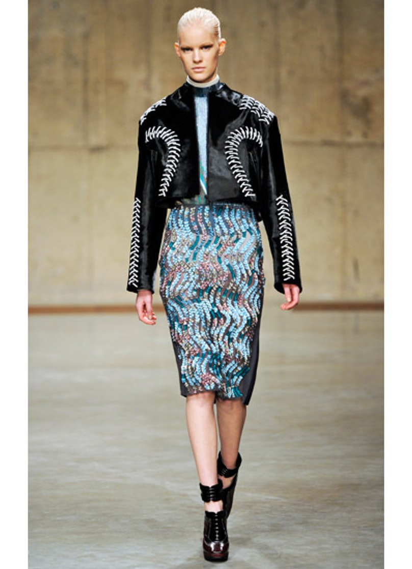 fass-peter-pilotto-fall-2013-runway-30-v.jpg
