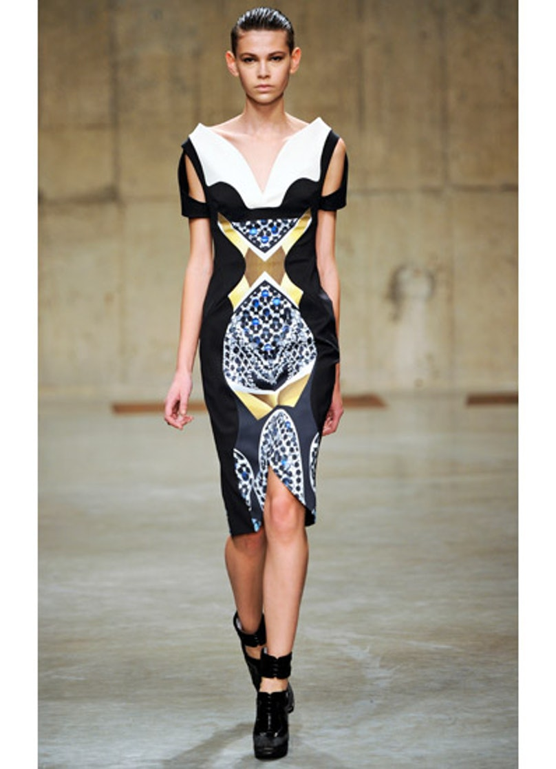 fass-peter-pilotto-fall-2013-runway-34-v.jpg