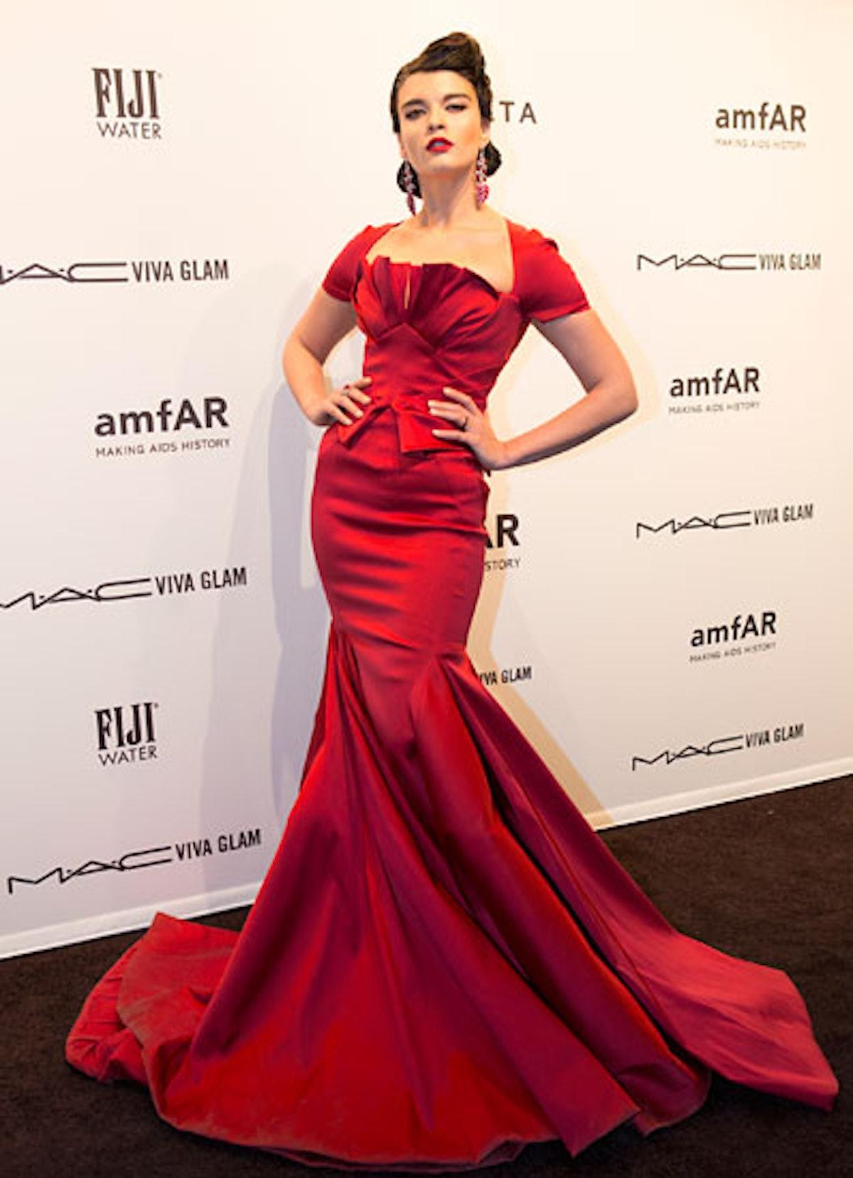 pass-amfar-2013-celebrities-02-v.jpg